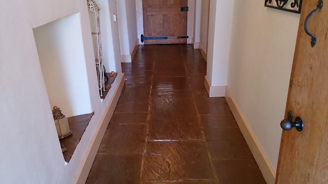 flagstone-corridor