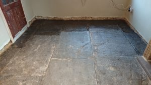 Sealing a flagstone floor